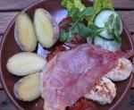 Hühnerbrustfilet mit Serrano-Schinken