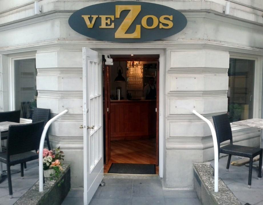 Vezos auf der Uhlenhorst: Neuer Grieche an bewährter Adresse (1/6)