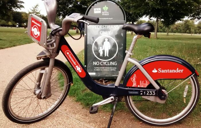 Santander Cycles (Photo: Peter Jebsen - all rights reserved)